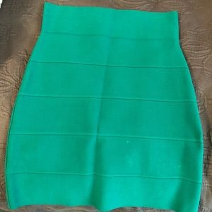 BCBG green skirt